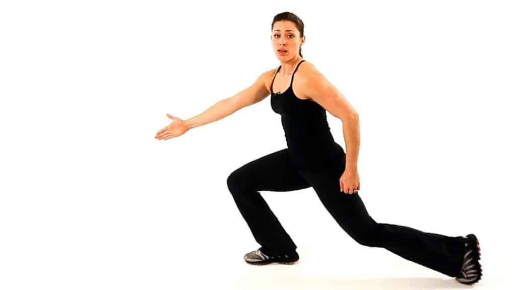 lunges, Exercises to Get Rid of Cellulite