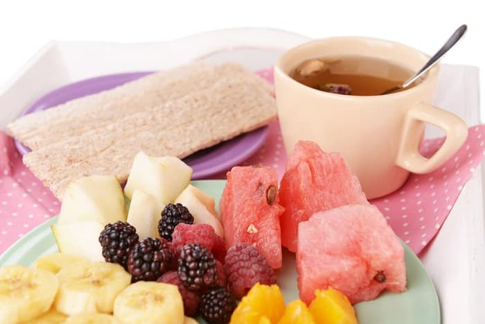 fruit slices and tea