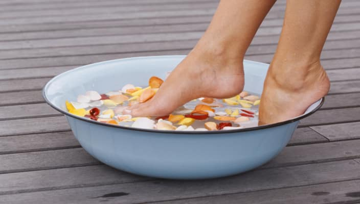 How do you get rid of stinky feet?