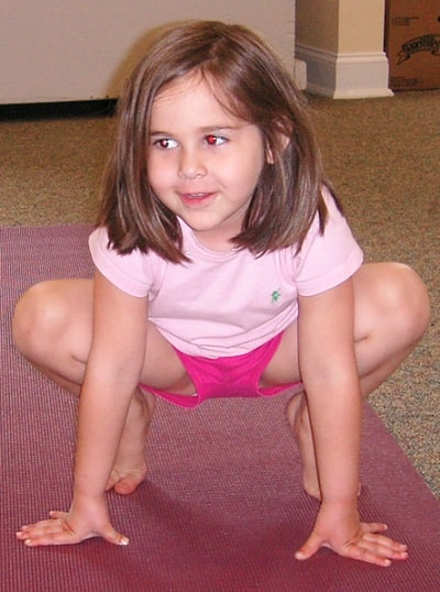 Cute teen stretching her flexi body 9