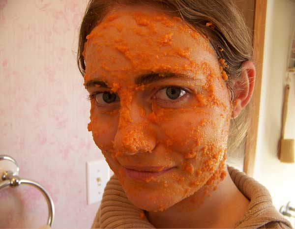 Carrot-and-Honey-Mask