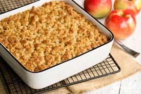 Apple-and-Oatmeal-Scrub