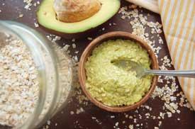 Avocado-and-Oatmeal-Scrub