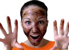 Honey-and-Coffee-Face-Scrub