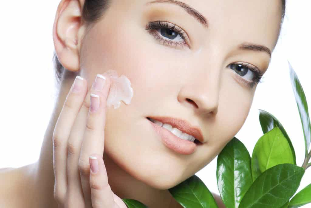 8 Home Remedies for Uneven Skin Tone - Home Remedies