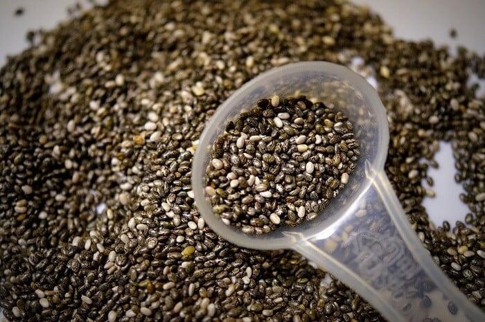 chia seeds with teaspoon