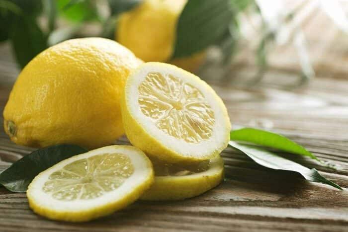 picture of ripe lemons