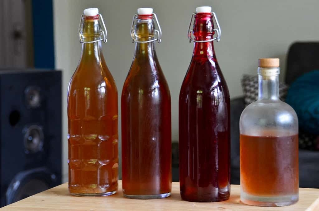 bottles of kombucha tea for the kombucha health benefits