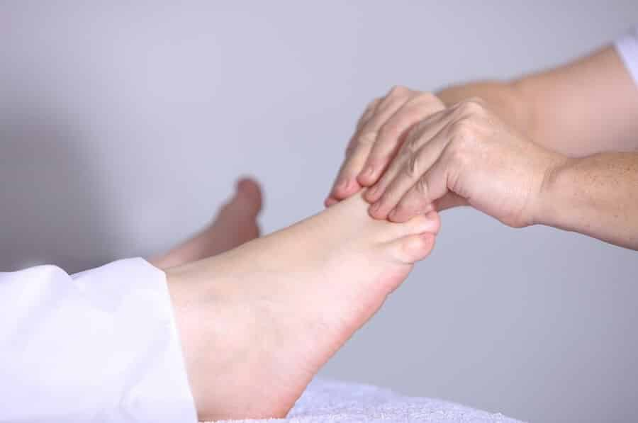 A foot massage benefits of reflexology