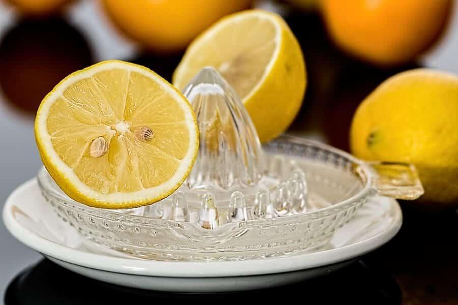 Lemon Juice black circles under the eyes