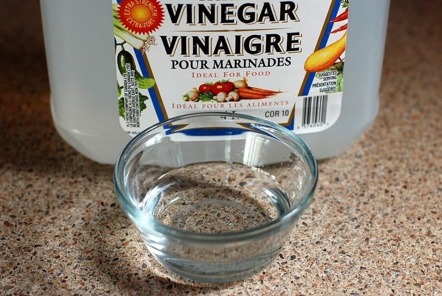 White Vinegar belly button pain