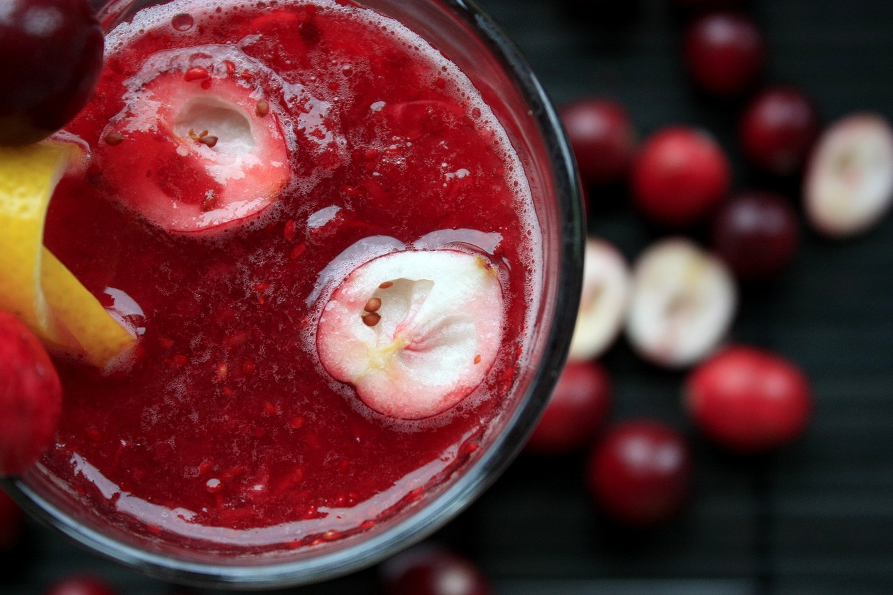 cranberry juice, one of the natural remedies for uti
