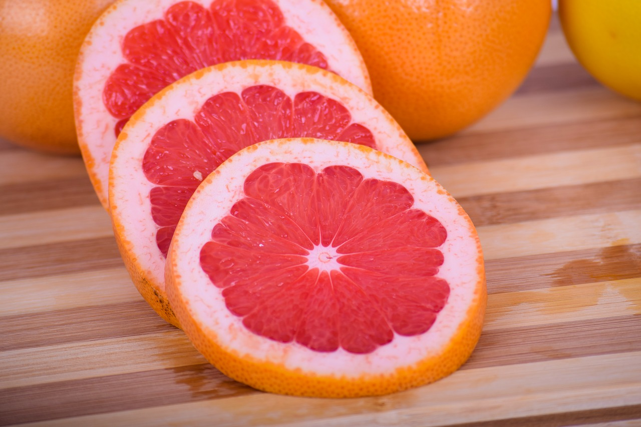 three slices of grapefruit that can be used as natural blocked salivary gland home remedy