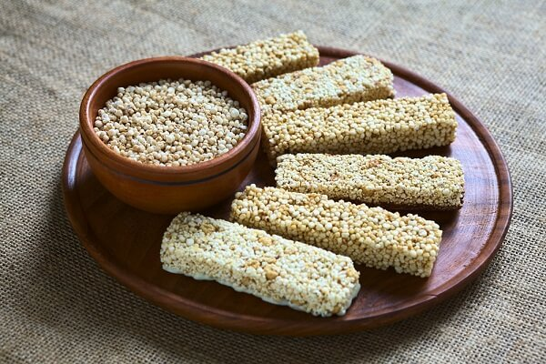 homemade energy bars with quinoa